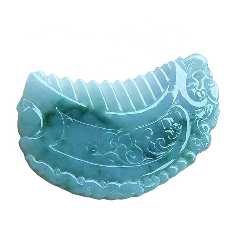 Gemstone emerald carved the comb