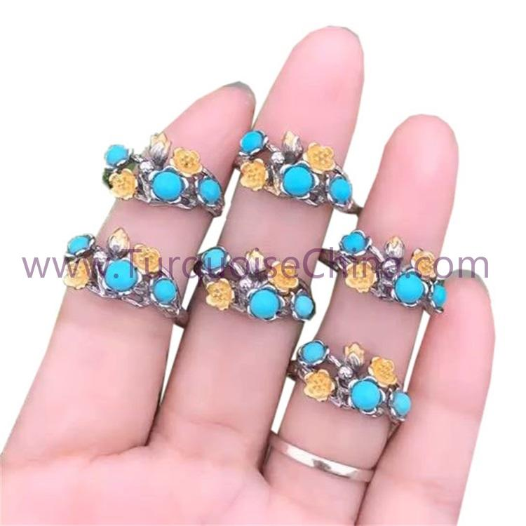925 Sterling Silver Lovely Flower Ring With Natural Turquoise Gemstone
