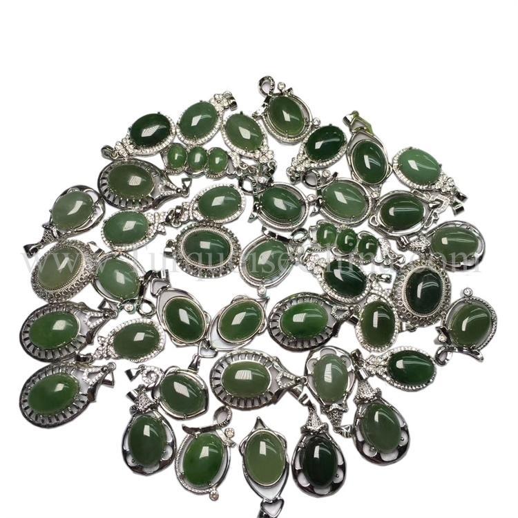 Gorgeous Beautiful Chrysoprase Gemstone Handmade Natural Pendant For Womens